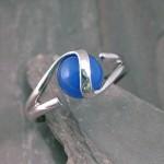8mm-blue-ball-wg-fashion-ring