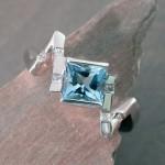 aqaumarine-dia-ring-lrs0030