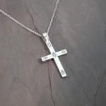 hash-dia-cross-pendant-post