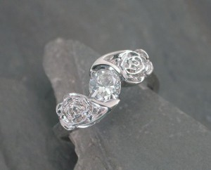 j-andress-wg-rose-eng-ring