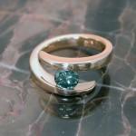 lrd0053-yg-green-dia-ring