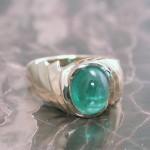 lrs0040-yg-lds-rng-cabachon-emerald
