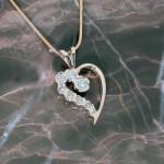 marsha-k-yg-dia-heart-pendant