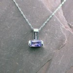 pen0178-wg-bi-color-sapph-and-dia-pendant