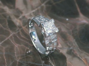 robins-wedding-ring-post