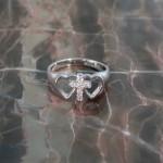 sast-wg-heart-dia-cross-ring